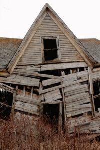 old cottage must be demolished